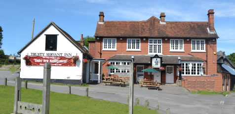 A TRADITIONAL COUNTRY PUB IN THE HEART OF THE NEW FOREST.